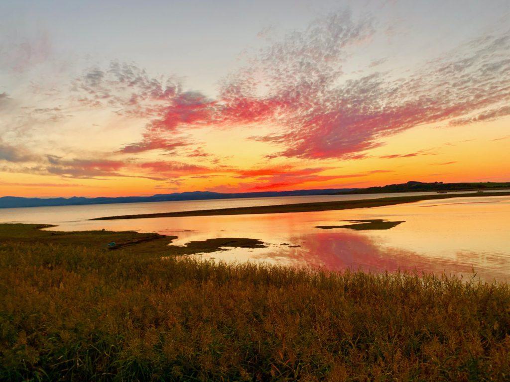 美しすぎる能取湖の夕日