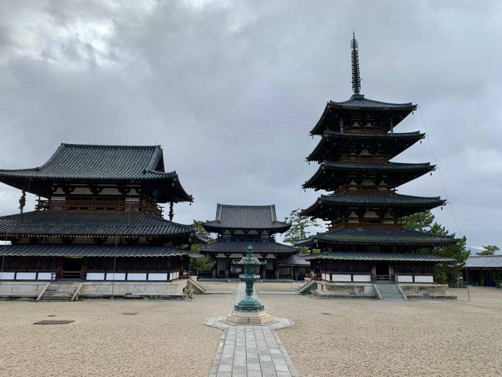 金堂、中門、五重塔